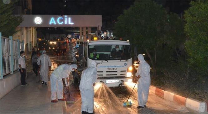 Tarsus Devlet Hastanesi Acil Giriş Noktası, Büyükşehir Ekiplerince Dezenfekte Edildi