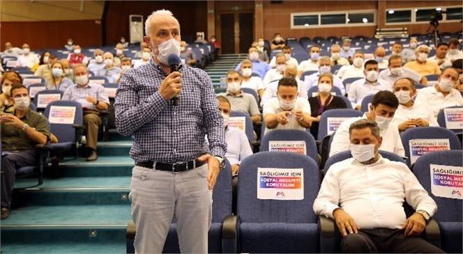 Akdeniz Belediye Başkanı Gültak; Engelsiz Atölyesinin Ürünlerini Büyükşehir Meclisi'nde Tanıttı