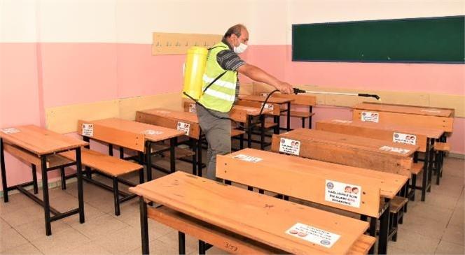 Toroslar'da Okullar, Yeni Eğitim ve Öğretim Sezonu Öncesi Dezenfekte Edildi