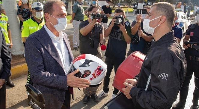 """Mersin Büyükşehir Belediyesi, """"Ben de Kaskımı Takıyorum Kampanyası""""Na Kask Desteği Sağladı"""
