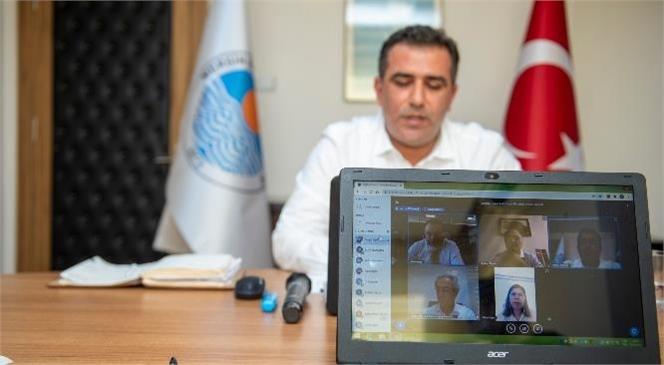 11 Büyükşehir'in Sosyal Hizmetler Daire Başkanları Online Olarak Bir Araya Geldi