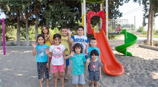 Büyükşehir, 5 Yaşındaki Toprak ve Arkadaşları İçin Bahçe Mahallesi'ne Oyun Parkı Kazandırdı