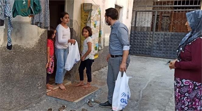 Akdeniz Belediyesi, Kırtasiye Desteğiyle Çocukları Sevindirdi