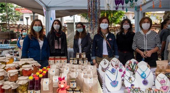 Mersin Yoğurt Pazarı'nda Kadın Kooperatiflerinin Ürünleri Sergilendi