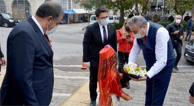 Vali Ali İhsan Su, İlçe Ziyaretleri Kapsamında Silifke, Aydıncık ve Gülnar İlçelerine Ziyarette Bulundu.