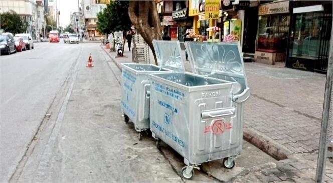 Akdeniz Belediyesi Çöp Konteynırlarını Yeniliyor
