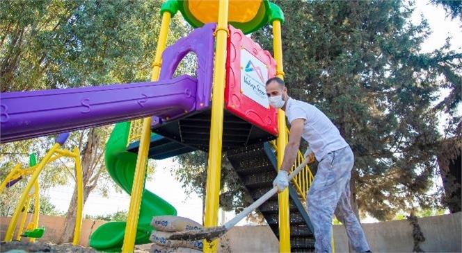 Mersin'in Her Köşesi Çocuk Gülüşleri İle Renklenecek! Büyükşehir'den 13 İlçedeki 50 Mahalleye Çocuk Oyun Parkları
