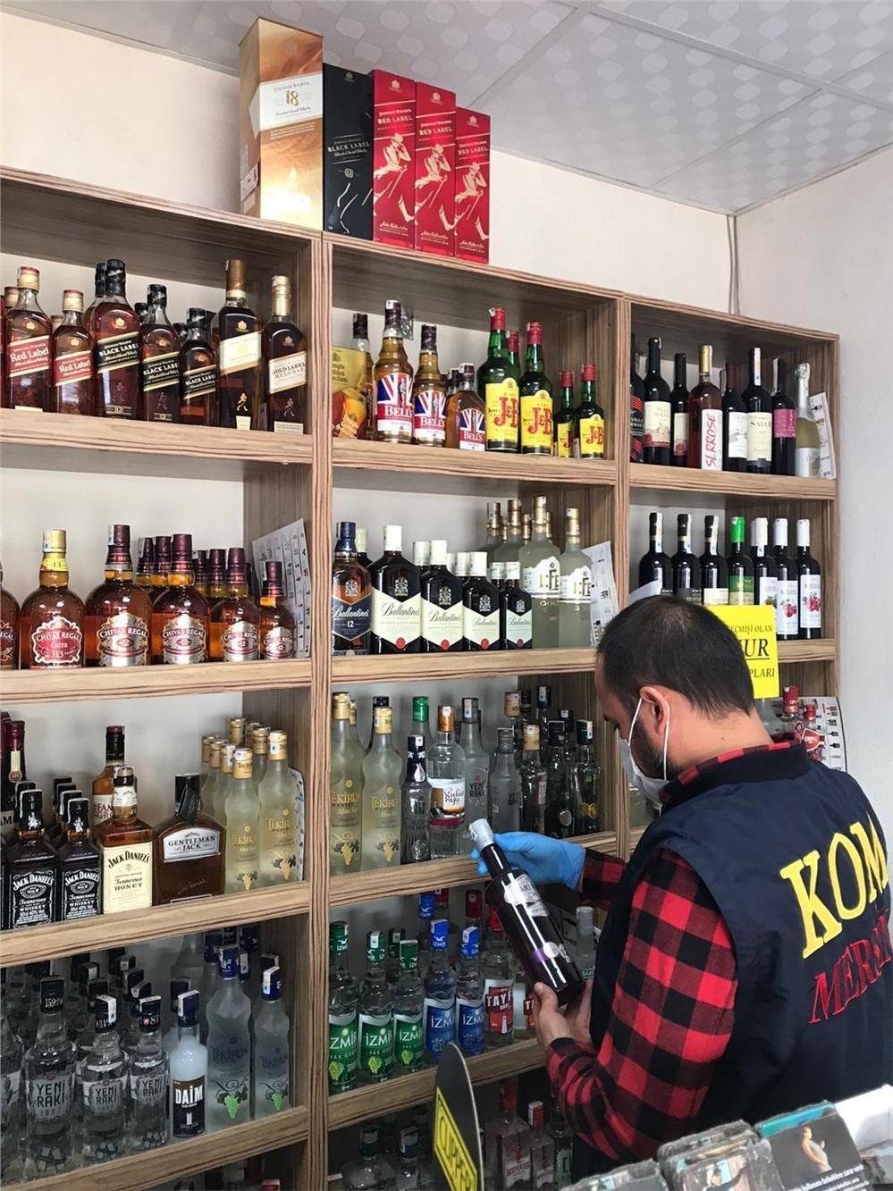 Mersin'de Tekel Bayileri ve Alkollü İçki Satışı Yapan Yerlere Denetimler Sürüyor