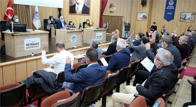 Akdeniz Belediye Meclisi, Yeni Yılın İlk Toplantısını Yaptı