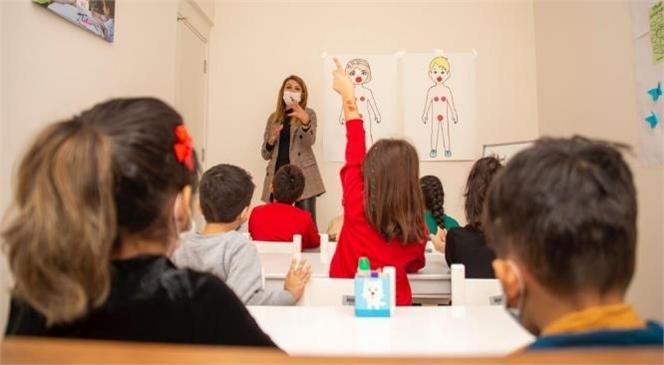 Kadınlar, Çocuklar, Engelliler ve Ailelerin Mersin'de Bir Kapısı Var: Kadın ve Aile Hizmetleri Dairesi Başkanlığı