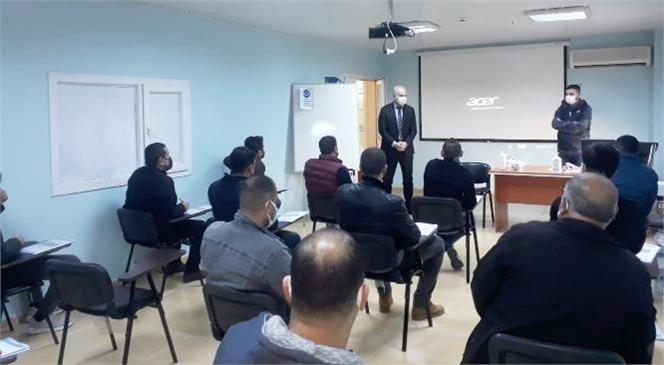 Mersin Tarsus'ta Büyükşehir Bünyesinde Çalışan Hemzemin Geçit Görevlilerine Eğitim