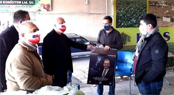 Büyükşehir'in Kadını ve Emeği Ön Plana Çıkardığı Takvimleri Dağıtılıyor