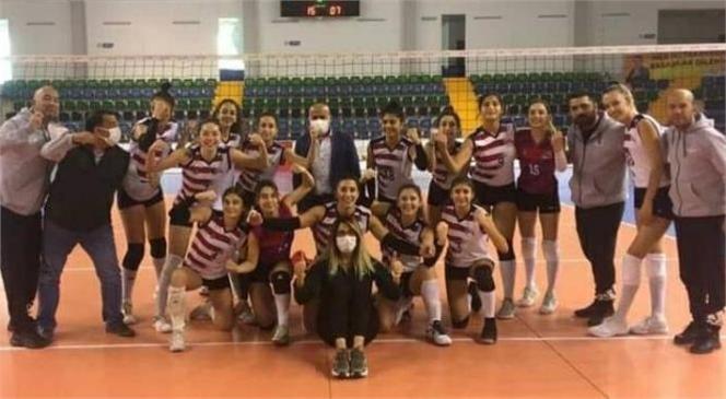 Büyükşehir Kadın Voleybol Takımı Lig'de 3. Sıradaki Yerini Korudu