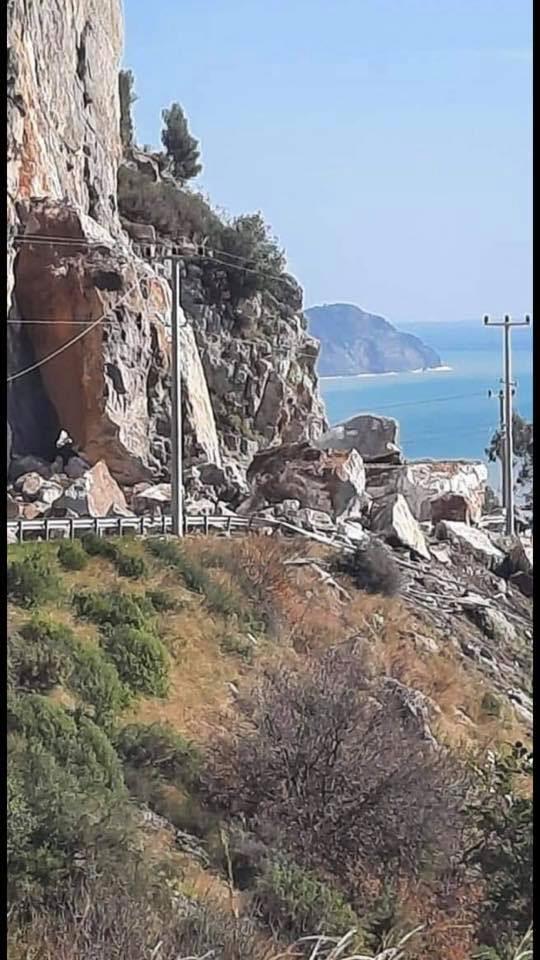 Anamur – Antalya Karayolu Heyelan Nedeni İle Ulaşıma Kapandı