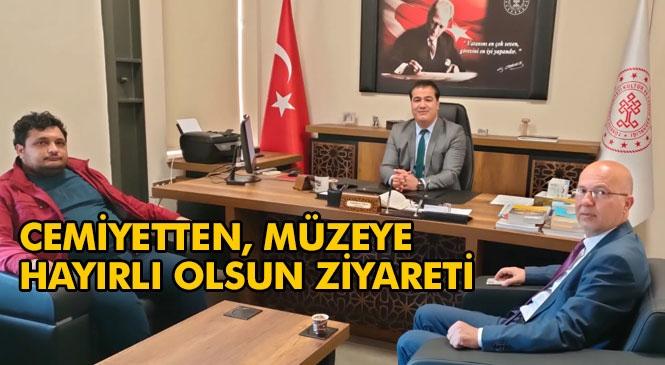 Tarsus Gazeteciler Cemiyetinden, Müze Müdürü Doğukan Alper'e Hayırlı Olsun Ziyareti
