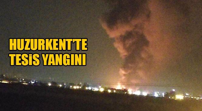 Gece Saatlerinde Mersin Tarsus Bağlarbaşı Civarındaki Narenciye Depolama Tesisinde Yangın Çıktı