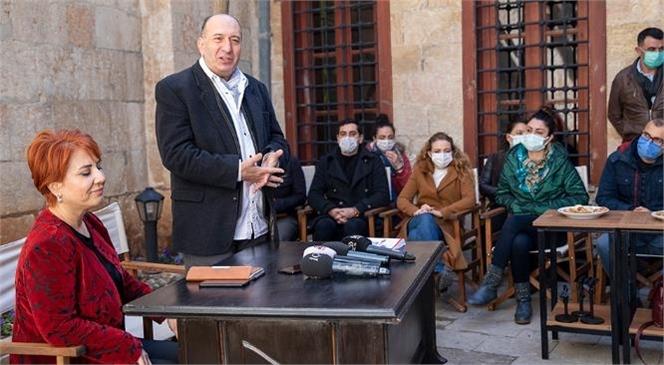 """Mersin Şehir Tiyatrosu'nun Sanat Programı Açıklandı: """"2021'e 21 Eser"""""""