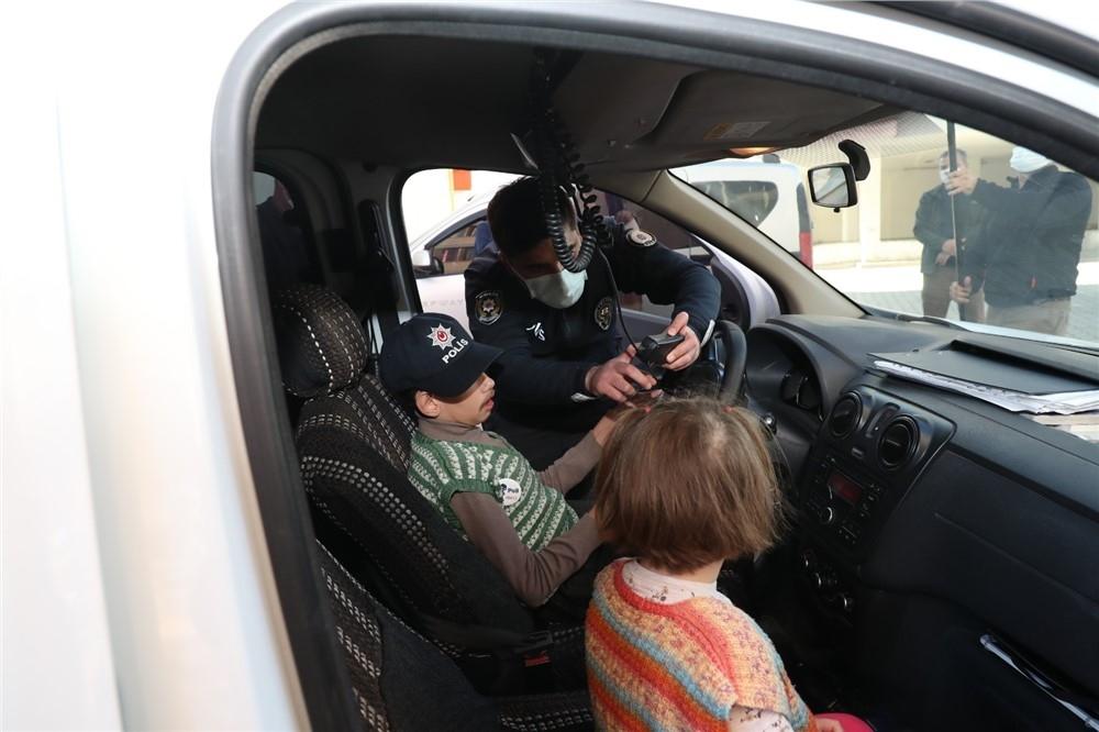Epilepsi Nedeniyle Engelli Olan Mersinli Minik İdris, Bir Günlüğüne Polis Oldu