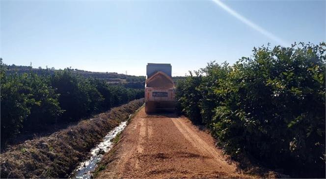 Akdeniz Belediyesi Fen İşleri Ekipleri İlçenin Dört Bir Yanına Hizmet Veriyor