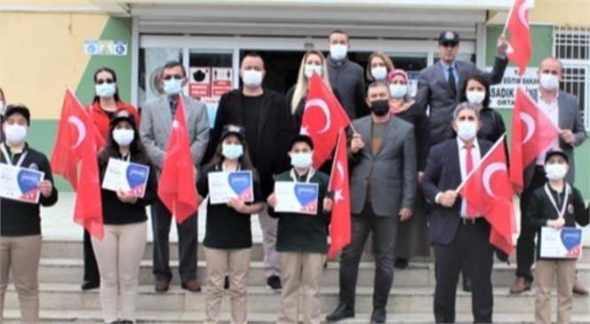 Tarsus Sadık Eliyeşil Ortaokulu, Zeka Oyunlarındaki Başarısını Gara Şehitlerine İthaf Etti