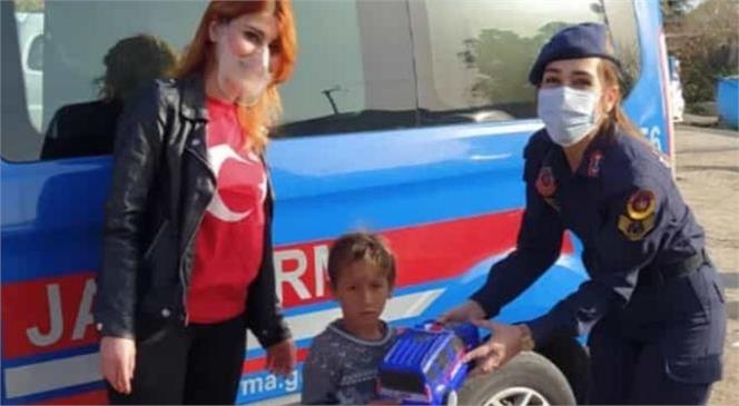 İç Isıtan İş Birliği İle Çocukların Yüzü Güldü
