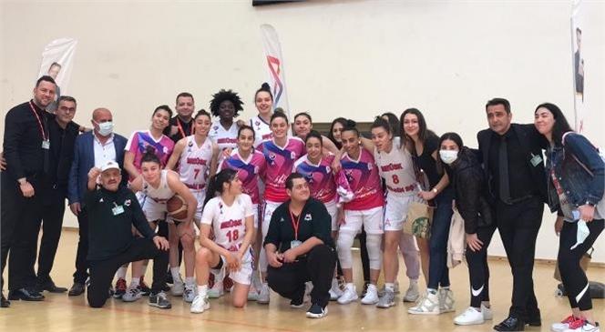 Büyükşehir Kadın Basket Takımı Urla Belediyesi'ni 85-76 Yendi