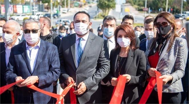 """Büyükşehir Belediye Başkan Vekili Gülcan Kış, """"Sağlık Kahramanları Parkı""""Nın Açılış Törenine Katıldı"""