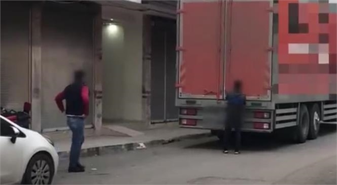 Nakliyat Kamyonu Takibe Alındı, Uyuşturucu Maddeler Ele Geçirildi