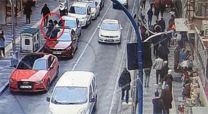 Mersin'de Yankesicilik Yapan Şüphelileri Güvenlik Kamerası Ele Verdi