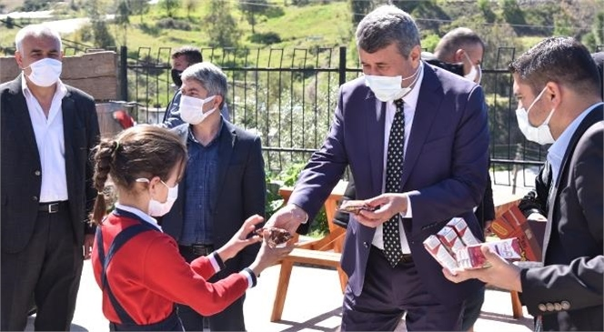 Anamur Belediyesi Eğitime Desteğini Sürdürüyor