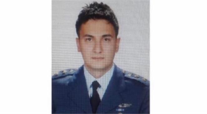 Gösteri Uçağı Düştü,1 Kahraman Pilotumuz Şehit Oldu