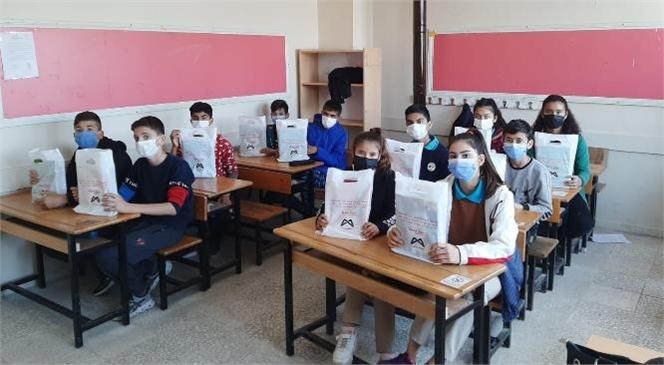 Mersin'deki Kırsal Mahallelerde Yaşayan Çocuklar Lgs'ye Büyükşehir Kurs Merkeziyle Hazırlanıyor