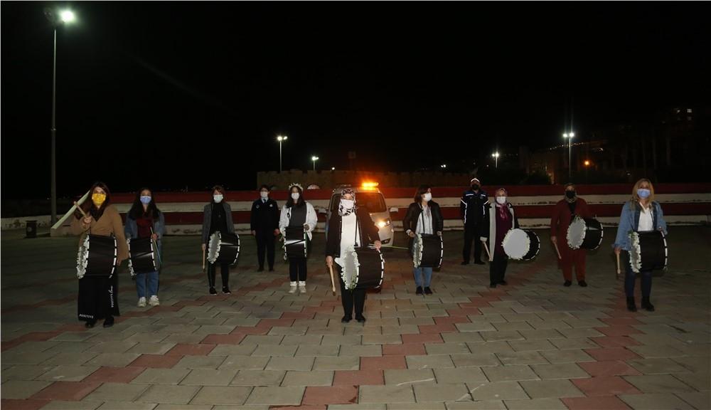 Erdemli Sahura ''33 Kadın Ramazan Davulcusu'' İle Uyandı