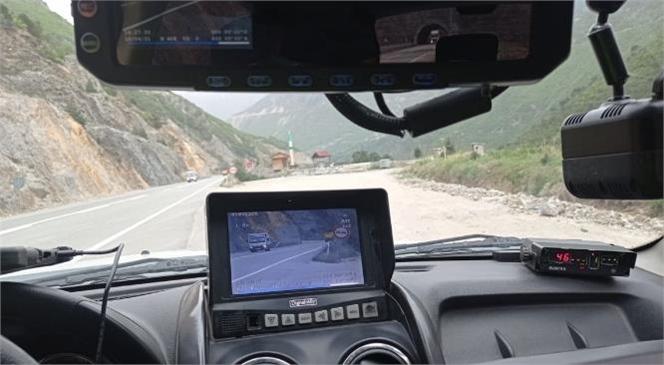 Ülke Genelinde Radarla Hız Denetimi Gerçekleştirildi