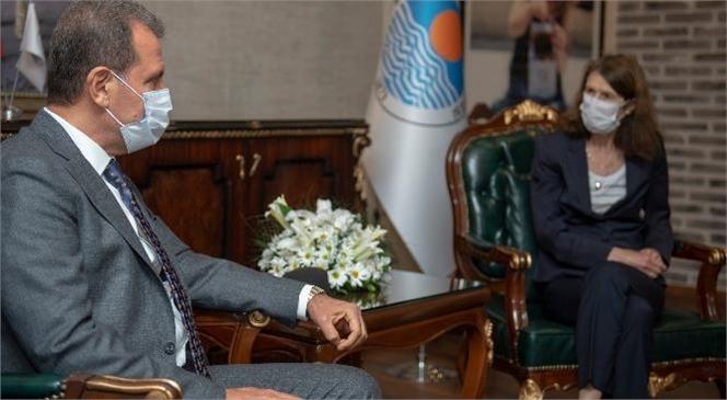 Başkan Seçer, Hollanda'nın Türkiye Büyükelçisi Marjanne de Kwaasteniet'i Makamında Ağırladı