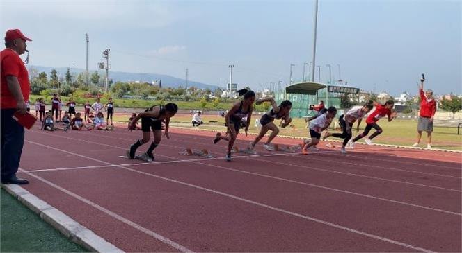 Mersin Büyükşehir Belediyesi'nin 'kır Çiçekleri' Projesi Kapsamında Spor Branşlarında Eğitim Alan Küçük Sporcular, 6. Taf Turkcell Küçükler Atletizm Festivali'nde Önemli Başarılar Elde Etti