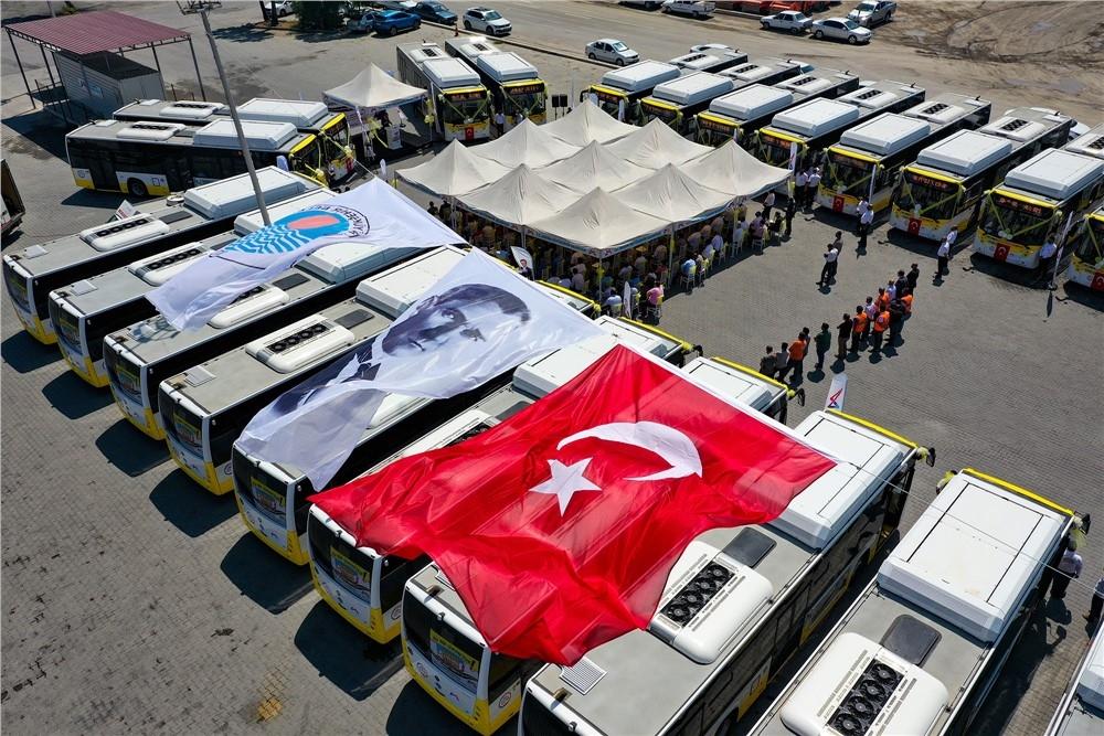 Mersin Büyükşehir Belediyesi'nin Toplu Taşıma Filosuna Kazandırdığı 87 Cng'li 'sarı Limonlar'ın 30 Araçlık İlk Partisi Gerçekleştirilen Törenle Teslim Alındı