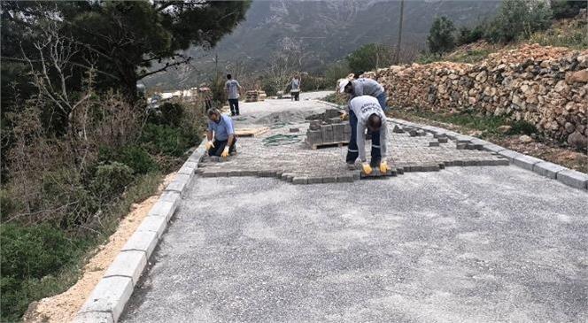 Gülnar Belediyesi Yol Bakım ve Onarım Çalışmalarını Aralıksız Sürdürüyor