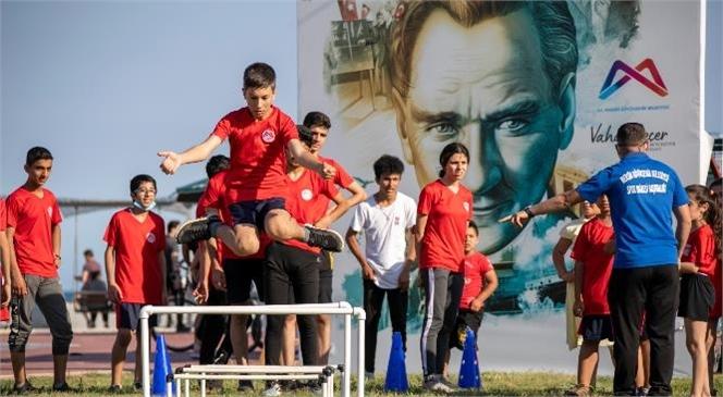 Gençlerin Kenti Mersin'de Dolu Dolu 19 Mayıs Kutlamaları