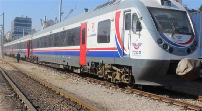 Mersin Tarsus'ta Trenin Çarptığı Kadın Hayatını Kaybetti