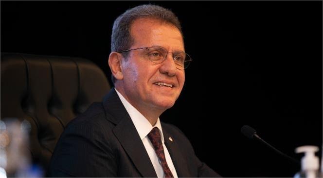 """Seçer Mersin Büyükşehir Meclisinde """"Devlet Bankalarında Kapıları Kapadınız Önümüze"""" dedi."""
