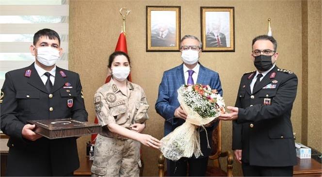Jandarma Teşkilatı'nın 182'inci Kuruluş Yıldönümü Münasebetiyle Vali Ali İhsan Su Eşkilat Mensuplarını Makamında Kabul Etti.