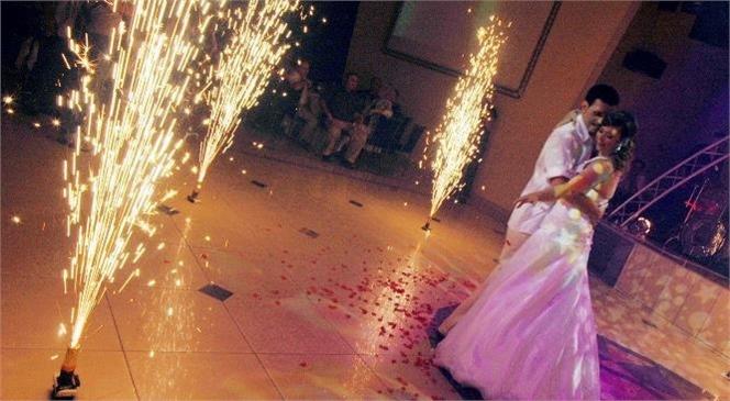 1 Temmuz İtibari İle Düğünlerde Oyun, Dans, Halay Ya da Gösteriler Yapılabilecek