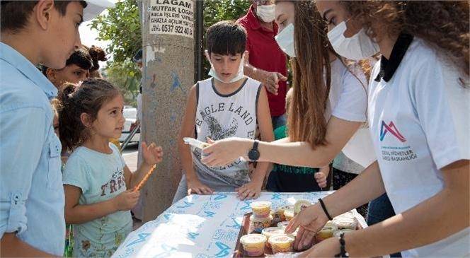 Dezavantajlı ve Kırsal Mahallelerdeki Çocuklara Büyükşehir'den Dondurmalı Sürpriz