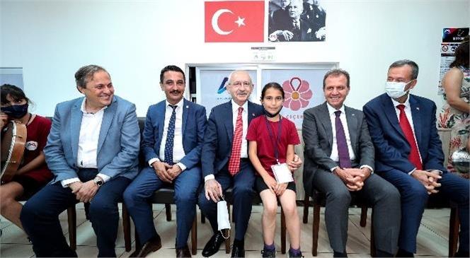 Kılıçdaroğlu'nun İlk Ziyareti Kır Çiçekleri'ne Oldu