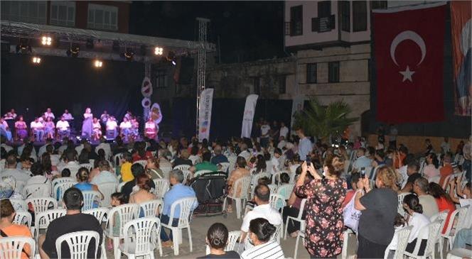 Büyükşehir'in Kültürel Etkinlikleri Tüm Hızıyla Sürüyor
