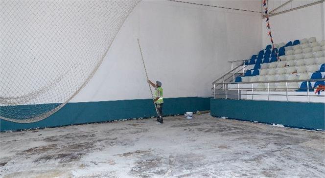 Mersin Büyükşehir Ve Yenişehir'in Ortak Kullanacağı Spor Salonunda Tadilat Çalışması