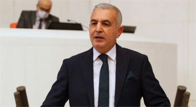 """Şimşek """"30 Ağustos Türk Milletinin Hedeflerine Ulaşma Konusundaki Azim ve Kararlılığını Gösteren En Güzel Örnektir."""""""