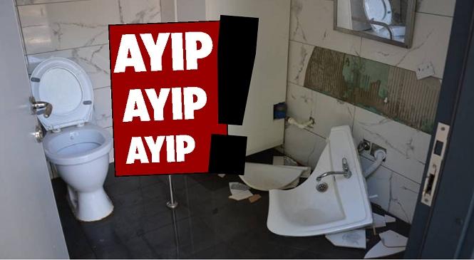 Büyükşehir'in Hizmet Noktalarındaki Tuvaletlere Saldırılar Sürüyor! Kent Merkezi ve Tarsus İlçesinde 7 Noktadaki Hizmetler Tahrip Edildi
