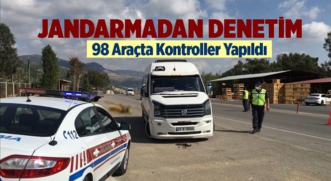 Mersin'de Jandarma Ekiplerinden Yolcu Taşıyan Araçlarda Sivil Denetimler Yapıldı